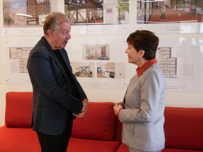 Image of Chris Farrelly talks Dame Patsy through the Mission Homeground project