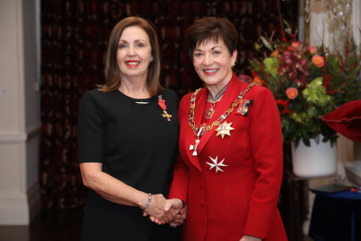 Mrs Lyndy Sainsbury, of Auckland, ONZM for services to philanthropy and the community