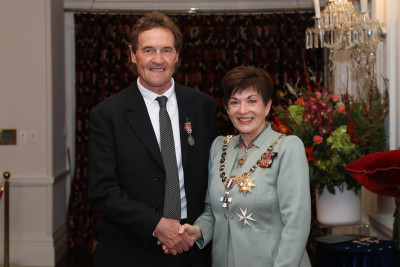 Mr Alan Hamilton, of Alexandra, QSM for services to athletics and youth