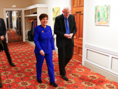 Image of Dame Patsy arriving at the RNSNZ conference