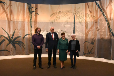 Their Excellencies with Jim Geddes, Gore District Council Arts and Heritage Curator and poet Cilla McQueen,
