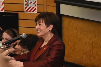 Dame Patsy speaking at the Victoria University of Wellington 25th anniversary celebrations