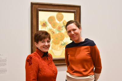 Image of Dame Patsy with NGA co-ordinating curator Sally Foster