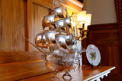 Image of the silver galleon gifted by King Juan Carlos of Spain