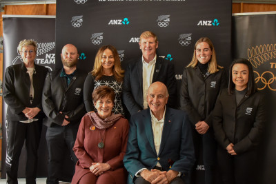 With NZOC CEO Kereyn Smith, weightlifting coach Richie Patterson, NZOC board member Diana Puketapu. NZOC President Mike Stanley, Black Sticks vice-captain Sam Charlton and karate competitor Andrea Anacan.