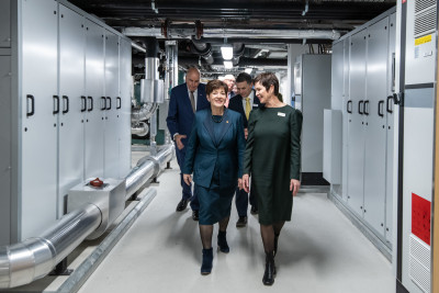 Dame Patsy touring the Cressy Wing