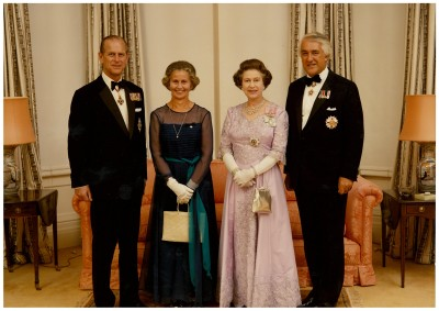 Sir Paul and Lady Beverley Reeves with the Queen.