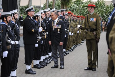 The Governor-General speaks with a member of the Tri-Service Royal Guard of Honour.
