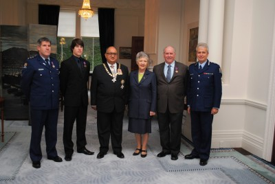Bravery Award recipients linked to a road accident on 24 April 2009.