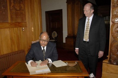 Governor-General signs General Election writ.